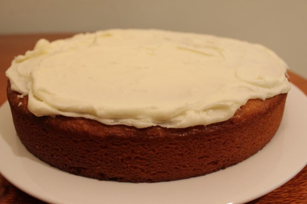 Lemon yoghurt cake