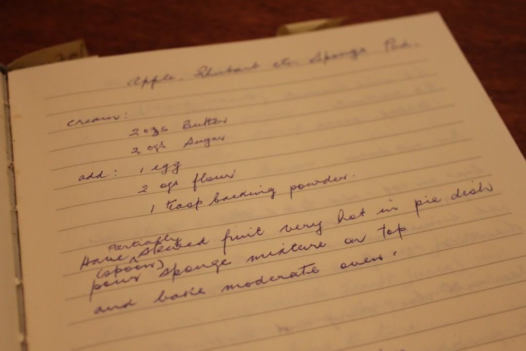 Old fashioned sponge pudding