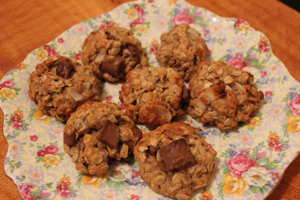 Chocolate chip cookies with oats, banana and coconut